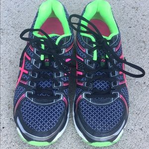 ASICS Gel Kayano 19 women's tennis shoes